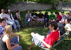 corso di formazione per volontari 2009: momento di formazione in cerchio