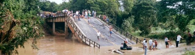 Il ponte caduto